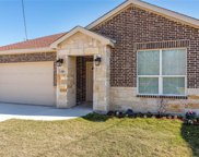 446 Bissonet Avenue, Dallas image