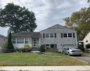 538 Wingate  Dr, East Meadow image