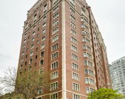3800 North Lake Shore Drive Unit 12E, Chicago image