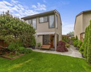 866 Pinebrook Place, Coquitlam image