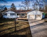 541 Ridgewood Dr, Northfield image