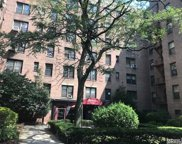 83-05 98 St, Woodhaven image