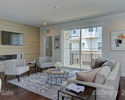 1205 Cotswold  Place, Charlotte