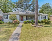 136 Tyler Crescent W, Central Portsmouth image