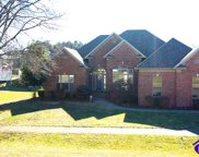 402 Willow Creek Drive, Elizabethtown image