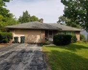 952 Glenview Road, Glenview image