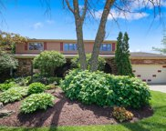17W131 Terry Trail, Willowbrook image