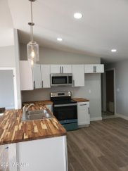 715 N Gold Drive, Apache Junction image