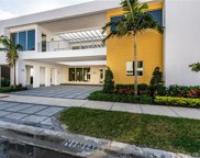 10272 Nw 75th Ter, Doral image