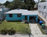 266 Nw 32nd St, Miami image