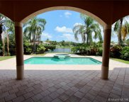 2547 Montclaire Cir, Weston image