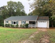 402 Meadow Dr, Abbeville image