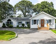 185 Moriches Ave, Mastic image