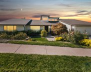 7368 S Lonsdale Dr E, Cottonwood Heights image