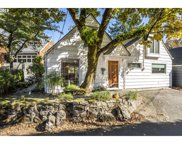 16758 GRAEF  CIR, Lake Oswego image