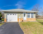 312 Saint Vincent Court, Toms River image