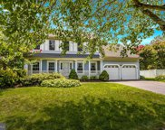 7 Boswell Ct  Court, Medford image