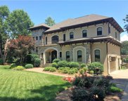135  Kings Crest Drive, Mooresville image