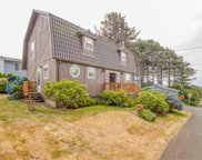 3134 Neptune Ave Nw, Lincoln City image
