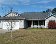 104 Gordon Court, Swansboro image