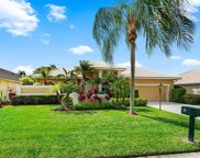 23 Windward Isle Isle(s), Palm Beach Gardens image