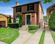 6211 North Tripp Avenue, Chicago image