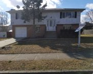 192 N 21st St, Wheatley Heights image