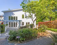 3363 W Commodore Wy, Seattle image