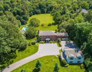 21 Hoaglands  Lane, Old Brookville image
