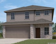 193 Middle Green Loop, Floresville image