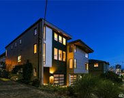 910 6th Ave N, Seattle image