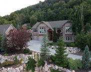 6067 N Creekside Dr E, Mountain Green image
