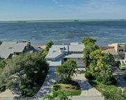 908 Point Seaside Drive, Crystal Beach image