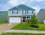 184 Atwater Landing  Drive Unit #304, Mooresville image