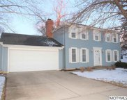 137 Lakeview Dr, Mason City image