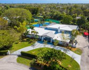 6460 Sw 111th Dr, Pinecrest image