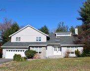 1 Carlyle Dr, Glen Cove image