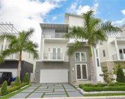 8271 Nw 34th Dr, Miami image