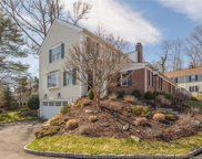 123 Richmond Hill  Road Unit 1, New Canaan image