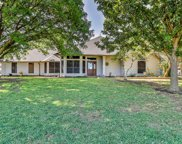 217 Meadow Crest Road, Fort Worth image