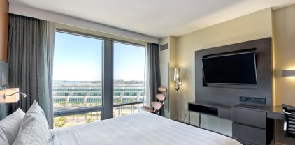 207 5th Ave Unit #1012, Downtown
