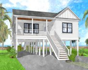 204 Ne 64th Street, Oak Island image