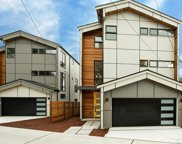 7107 Aurora Ave N, Seattle image