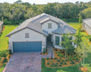 7556 Viola Loop, Lakewood Ranch image