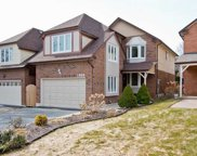 1059 Longbow Dr, Pickering image
