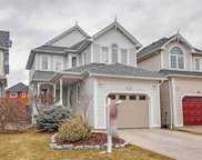 32 Wells Cres, Whitby image