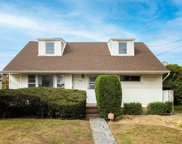 828 Ibsen, Woodmere image