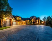 4604 S Summerview Rd E, Bountiful image
