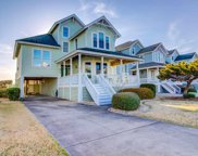 105 Ballast Point Drive, Manteo image
