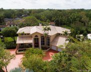 5700 Sw 88th St, Pinecrest image